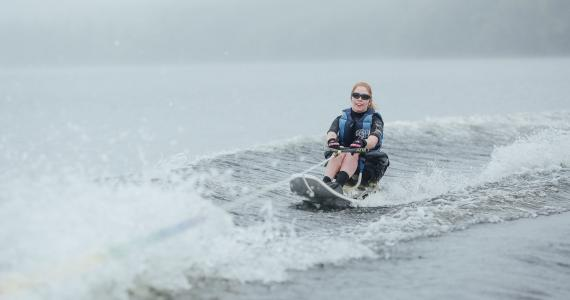 sit down water skier